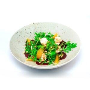 Салат с творожным сыром и свеклой